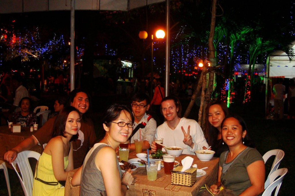 CS-saigon-couchsurfing