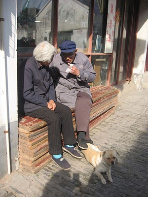 Sweet couple in Tongli.