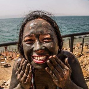 There's nothing like mud from the Dead Sea to cleanse…