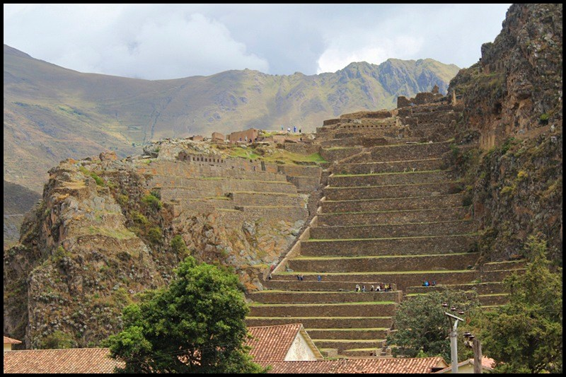 how to get from ollantaytambo to cusco