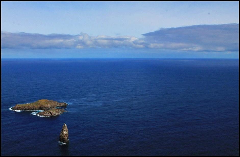 easter island ocean