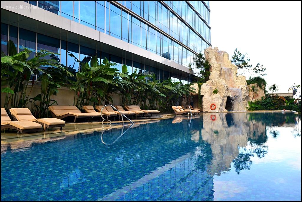 pool trans-luxury hotel bandung