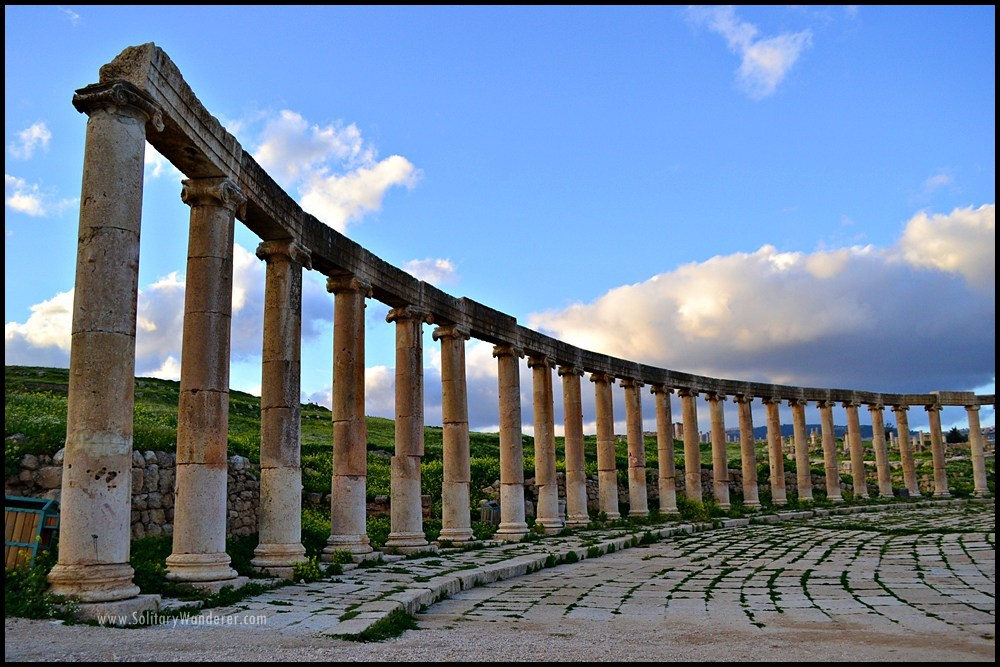 forum roman ruins in jerash