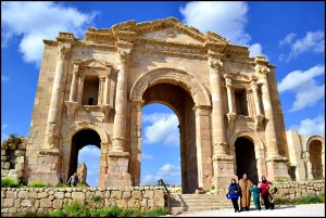 Finding Ancient Roman Ruins in Jerash, Jordan
