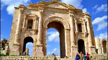 Finding Ancient Roman Ruins in Jerash, Jordan