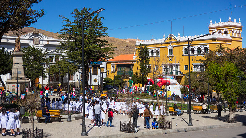 Bolivia_Potosi_Pedestrian-day_Plaza-Armas