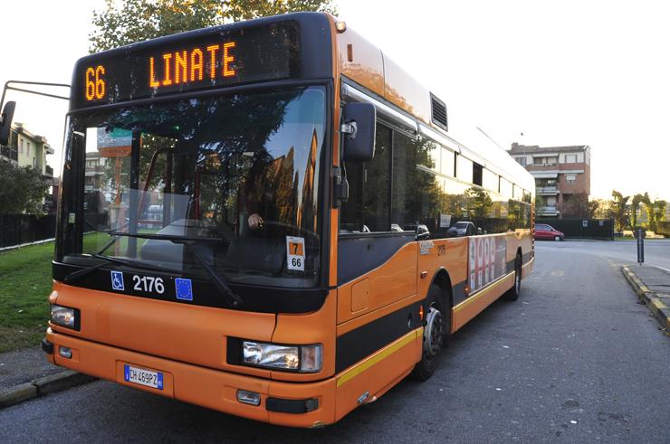 milan italy bus