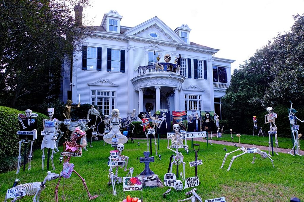 halloween in new orleans - decorated mansion