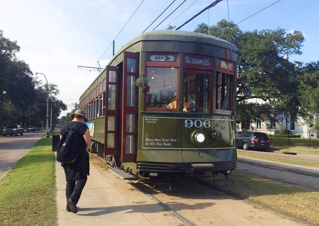 things to do in new orleans - st charles streetcar