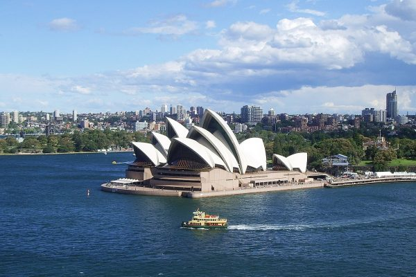 solo travel tips sydney australia