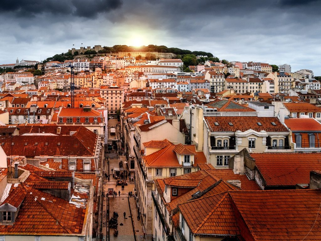Portugal Travel Guide - What You Need to Know