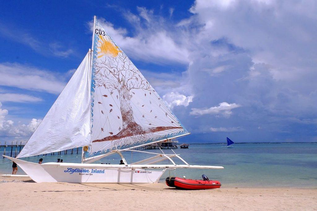 Lakawon sailboat