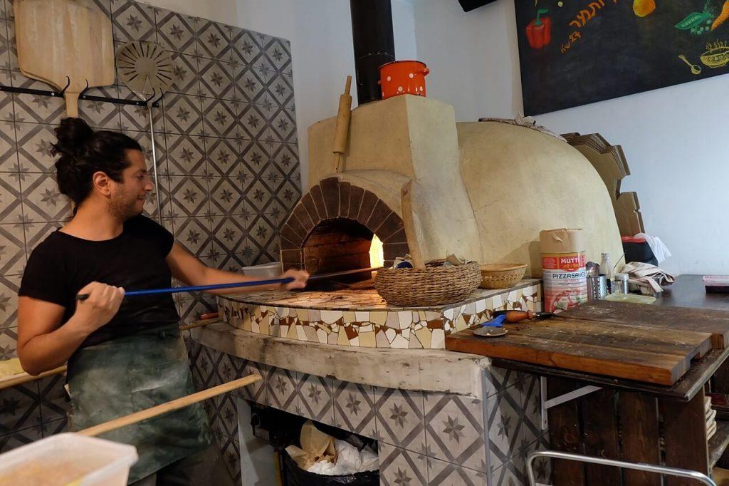 pizza restaurant arad israel