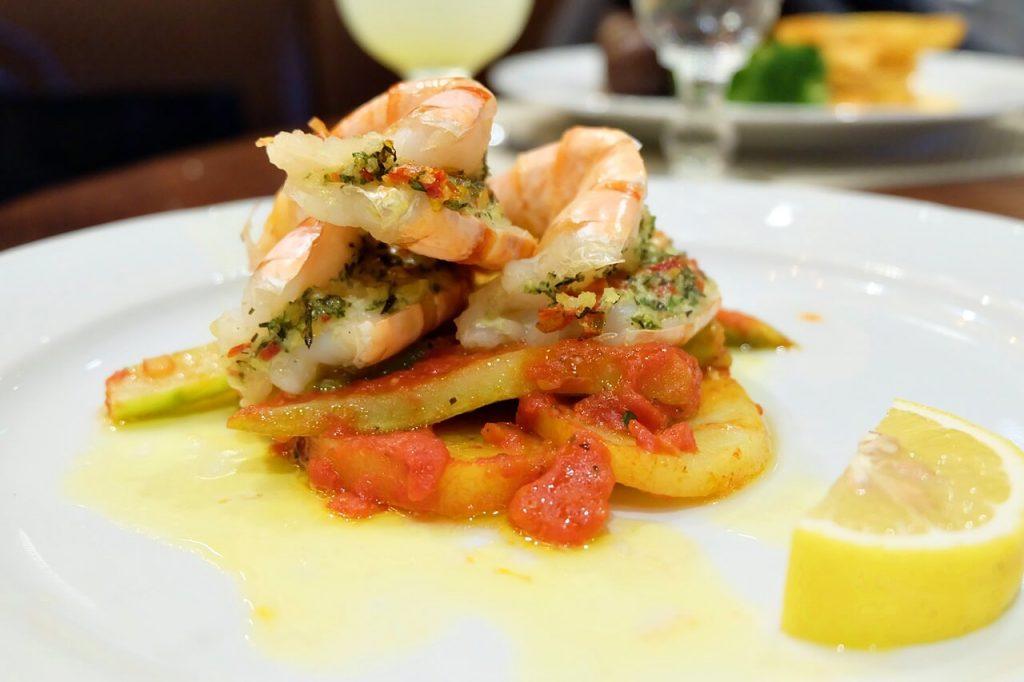 Royal Caribbean - Voyager of the Seas - Food