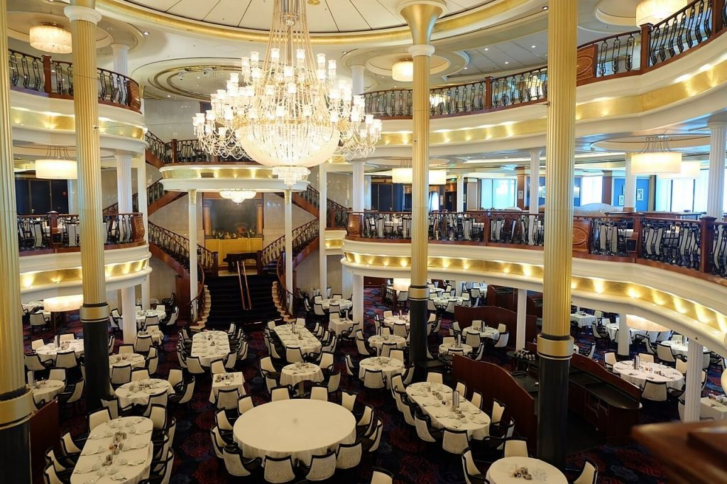 Royal Caribbean - Voyager of the Seas - Sapphire Dining