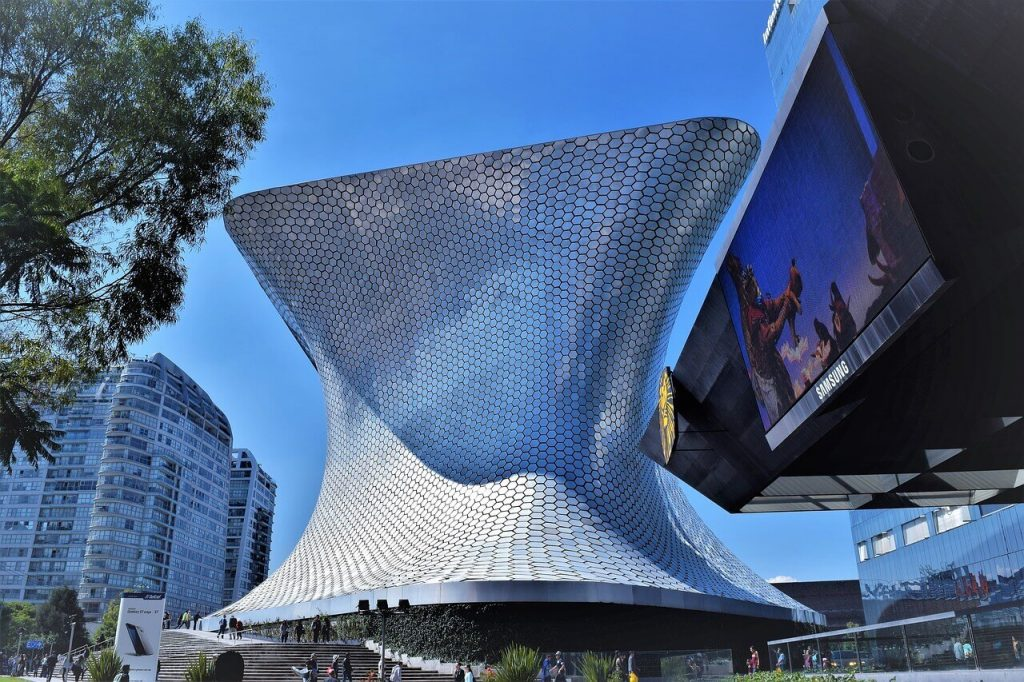 Solo Travel Tips Mexico City Soumaya Museum