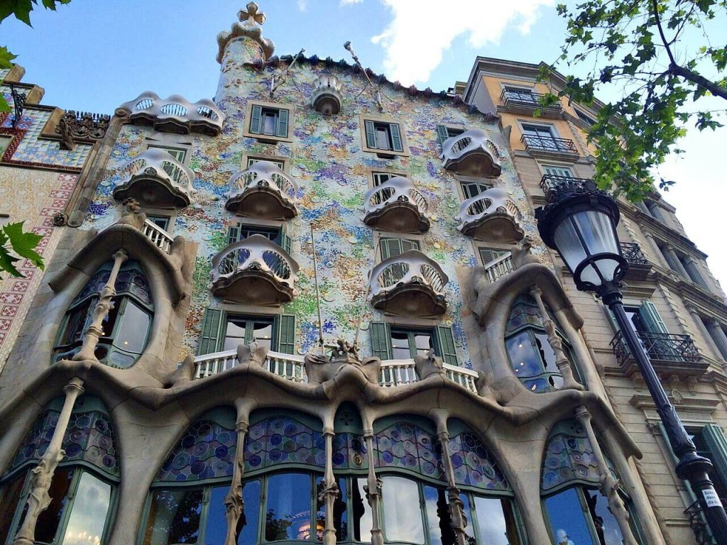 Solo Travel Tips: Barcelona, Spain