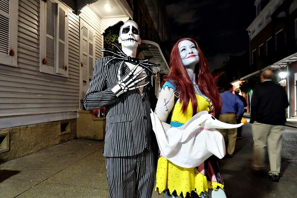 halloween in new orleans - couple