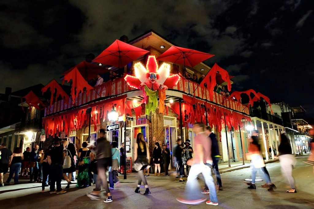 Attend street parties at the French Quarter for halloween in New Orleans