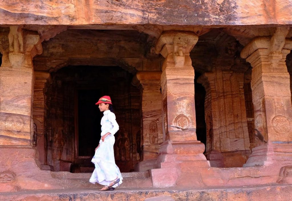 Badami Cave Temples -- cave 4