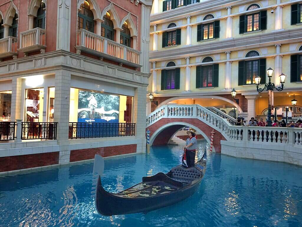 day trip from hong kong to macau - venetian